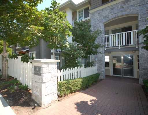 "Main Photo: 203 7330 SALISBURY Avenue in Burnaby: Highgate Condo for sale in ""BOTANICAL"" (Burnaby South)  : MLS®# V779969"