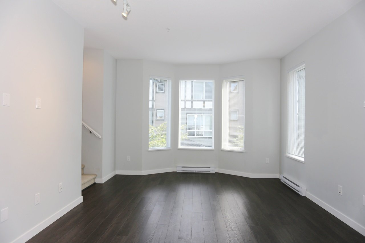 """Photo 9: Photos: 126 8138 204 Street in Langley: Willoughby Heights Townhouse for sale in """"Ashbury  & Oak"""" : MLS®# R2398814"""
