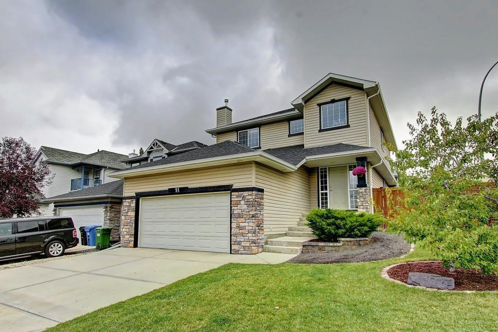 Main Photo: 91 ROCKBLUFF Close NW in Calgary: Rocky Ridge Detached for sale : MLS®# C4267762
