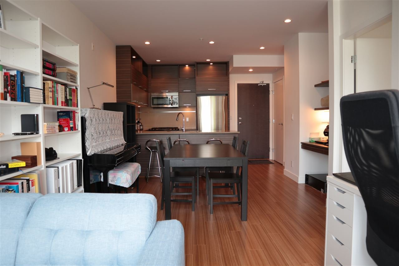 Photo 3: Photos: 307 9150 UNIVERSITY HIGH Street in Burnaby: Simon Fraser Univer. Condo for sale (Burnaby North)  : MLS®# R2483480