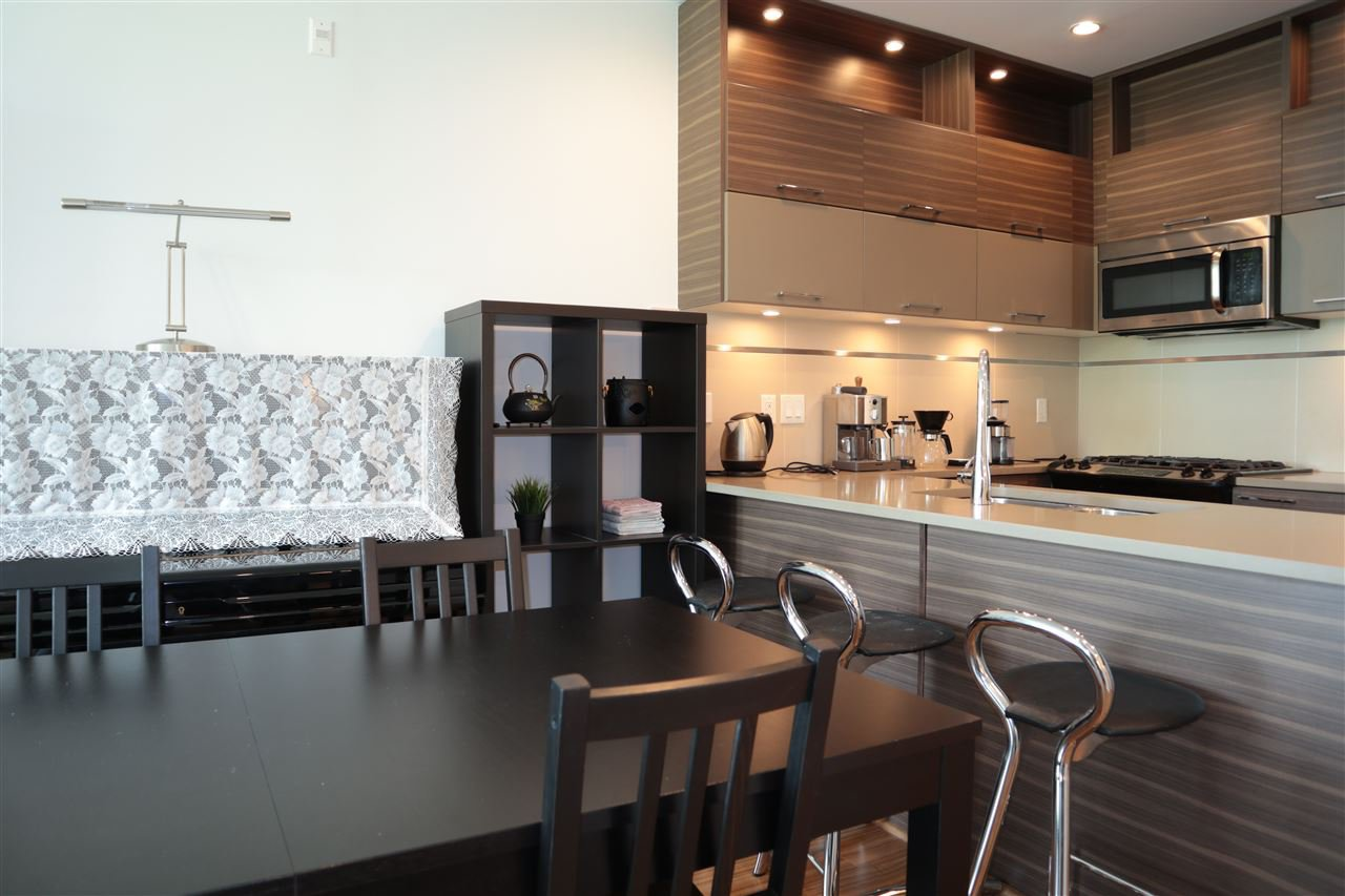 Photo 5: Photos: 307 9150 UNIVERSITY HIGH Street in Burnaby: Simon Fraser Univer. Condo for sale (Burnaby North)  : MLS®# R2483480