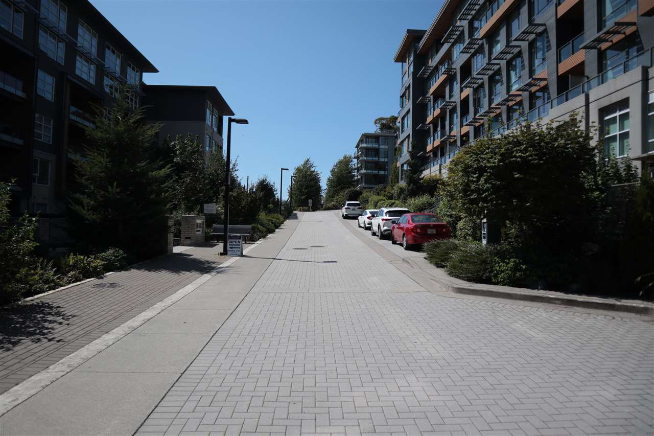 Photo 16: Photos: 307 9150 UNIVERSITY HIGH Street in Burnaby: Simon Fraser Univer. Condo for sale (Burnaby North)  : MLS®# R2483480