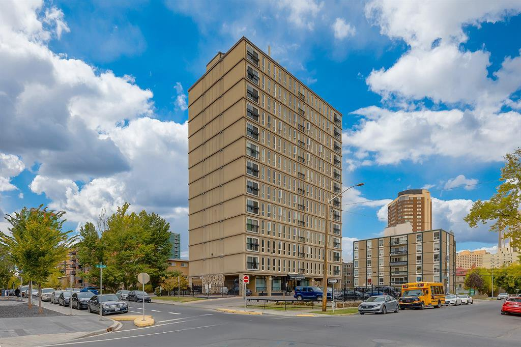 Main Photo: 304 706 15 Avenue SW in Calgary: Beltline Apartment for sale : MLS®# A1038133