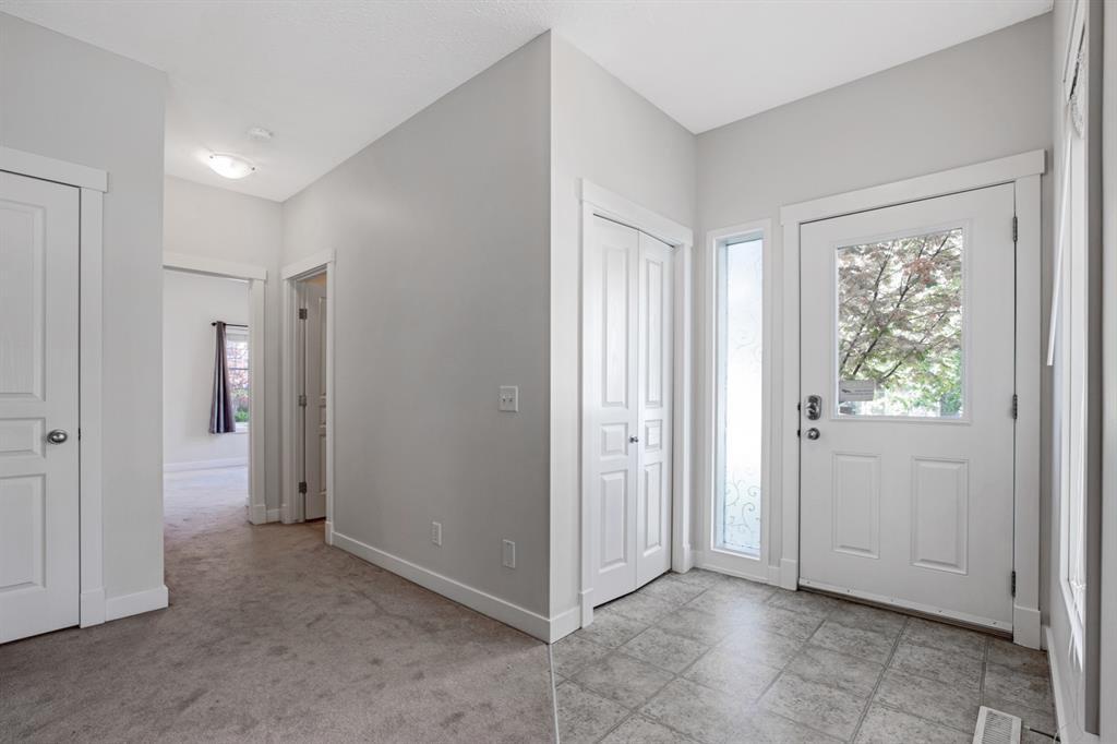 Photo 5: Photos: 1501 281 Cougar Ridge Drive SW in Calgary: Cougar Ridge Row/Townhouse for sale : MLS®# A1040162