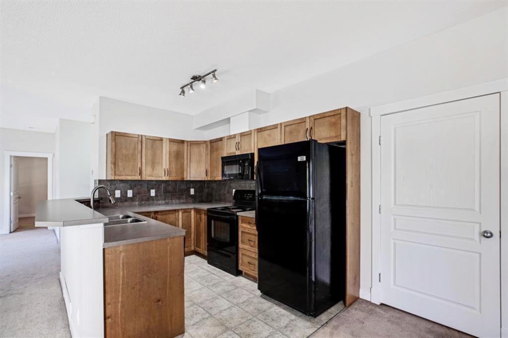 Photo 7: Photos: 1501 281 Cougar Ridge Drive SW in Calgary: Cougar Ridge Row/Townhouse for sale : MLS®# A1040162