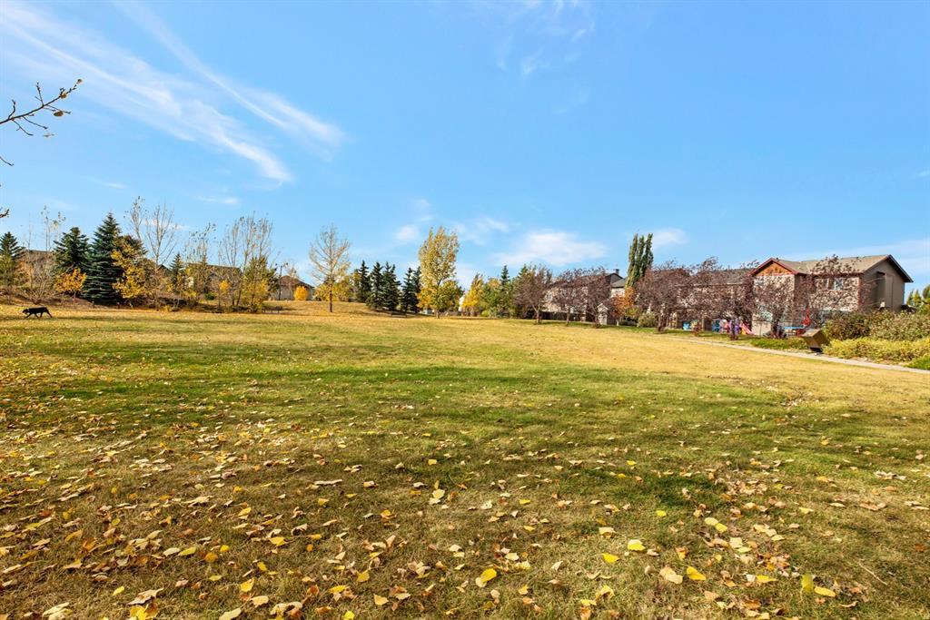 Photo 29: Photos: 1501 281 Cougar Ridge Drive SW in Calgary: Cougar Ridge Row/Townhouse for sale : MLS®# A1040162