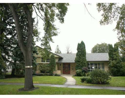 Main Photo: 614 WATERLOO Street in WINNIPEG: River Heights / Tuxedo / Linden Woods Residential for sale (South Winnipeg)  : MLS®# 2919162