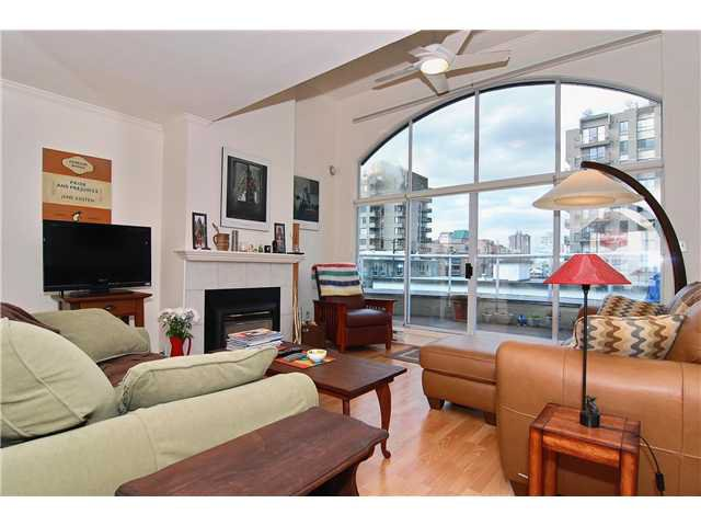 Main Photo: PH2 950 BIDWELL Street in Vancouver: West End VW Condo  (Vancouver West)  : MLS®# V838578