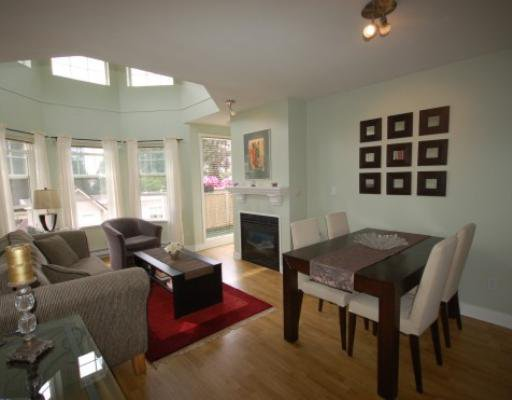 """Main Photo: 408 7038 21ST Avenue in Burnaby: Highgate Condo for sale in """"ASHBURY"""" (Burnaby South)  : MLS®# V775604"""