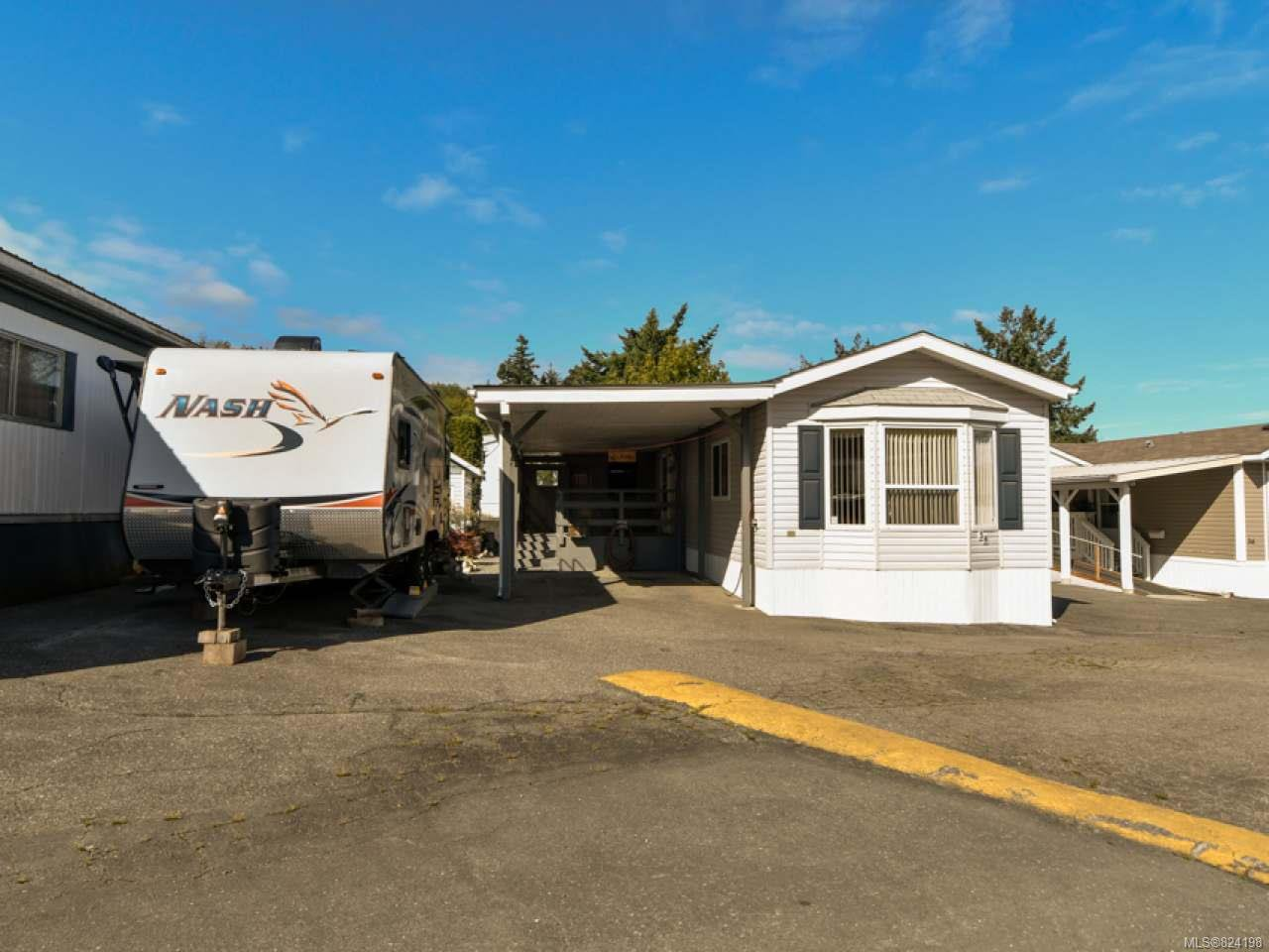 Main Photo: 38 951 Homewood Rd in CAMPBELL RIVER: CR Campbell River Central Manufactured Home for sale (Campbell River)  : MLS®# 824198