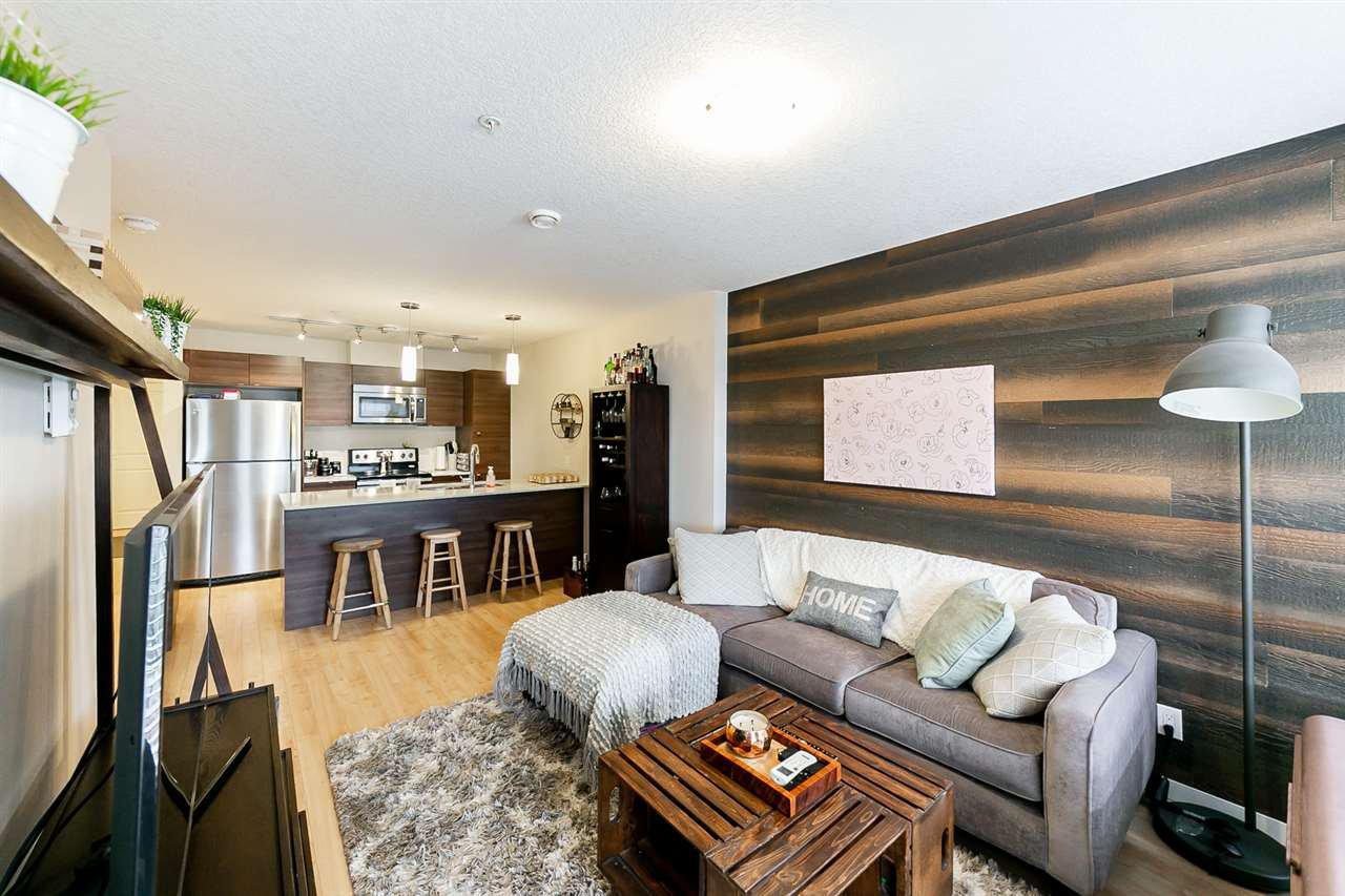 Main Photo: 301 9519 160 Avenue in Edmonton: Zone 28 Condo for sale : MLS®# E4175136