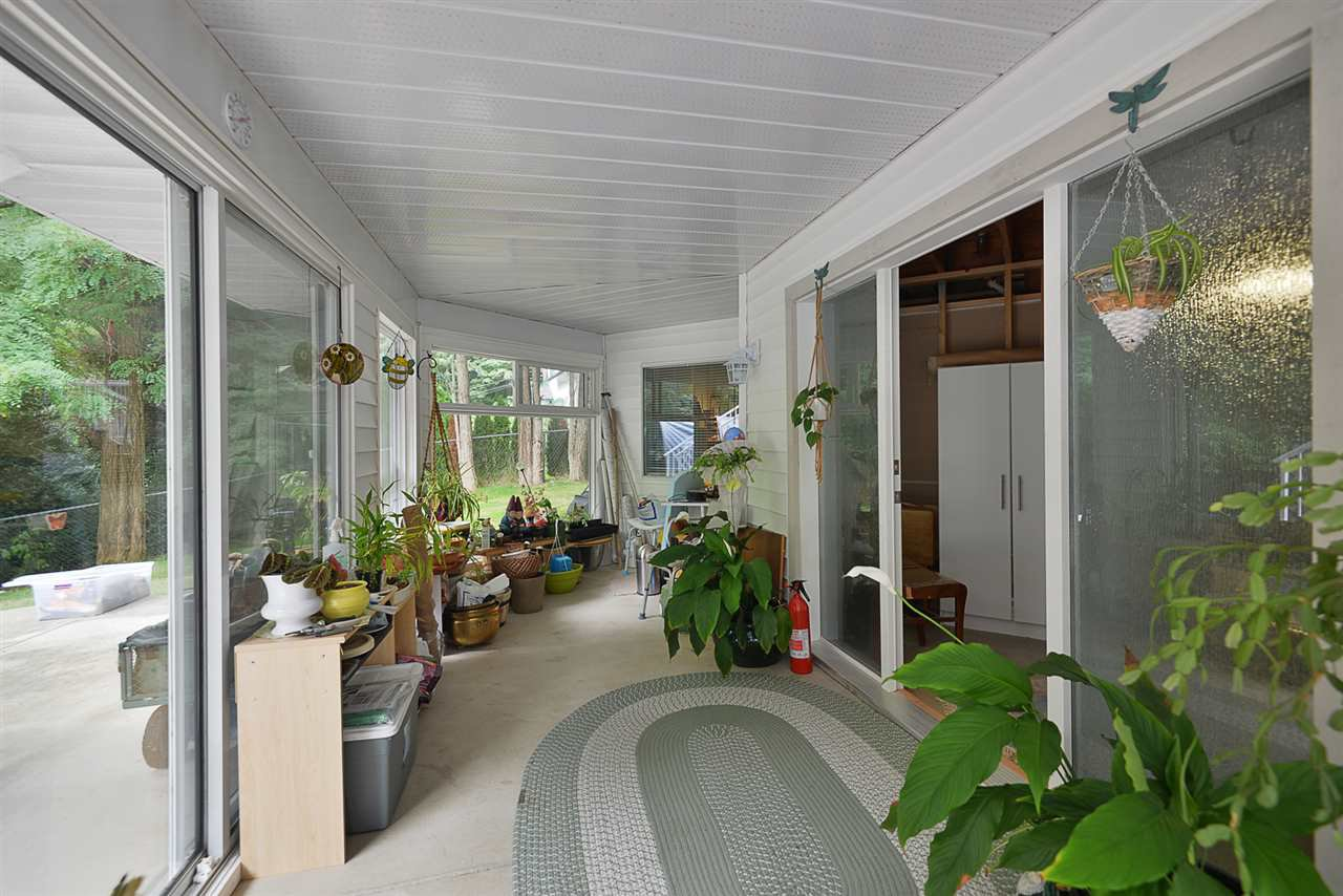 Photo 15: Photos: 2660 LOWER Road: Roberts Creek House for sale (Sunshine Coast)  : MLS®# R2422636
