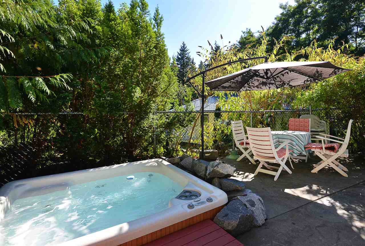 Photo 20: Photos: 2660 LOWER Road: Roberts Creek House for sale (Sunshine Coast)  : MLS®# R2422636