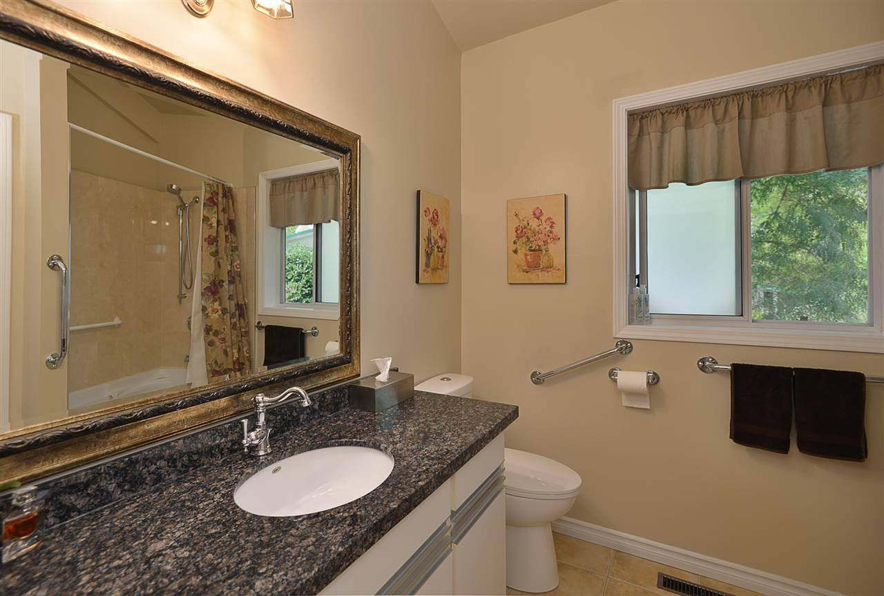 Photo 10: Photos: 2660 LOWER Road: Roberts Creek House for sale (Sunshine Coast)  : MLS®# R2422636
