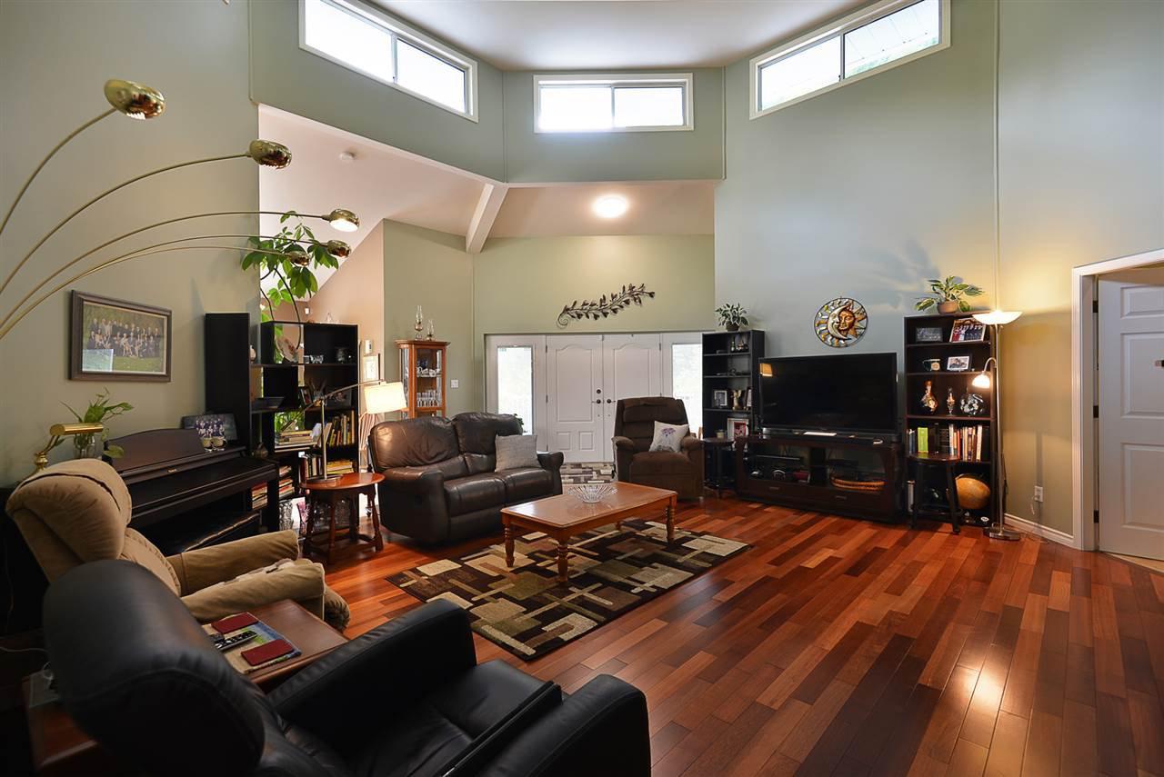 Photo 3: Photos: 2660 LOWER Road: Roberts Creek House for sale (Sunshine Coast)  : MLS®# R2422636