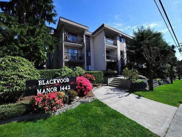 """Main Photo: 115 1442 BLACKWOOD Street: White Rock Condo for sale in """"Blackwood Manor"""" (South Surrey White Rock)  : MLS®# R2433629"""