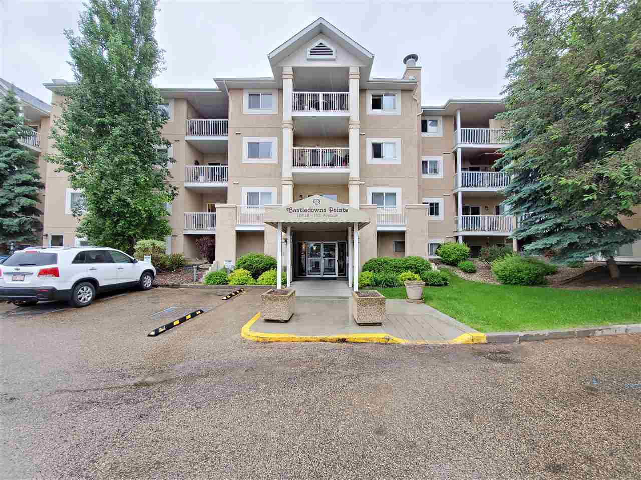 Main Photo: 206 12618 152 Avenue in Edmonton: Zone 27 Condo for sale : MLS®# E4202446