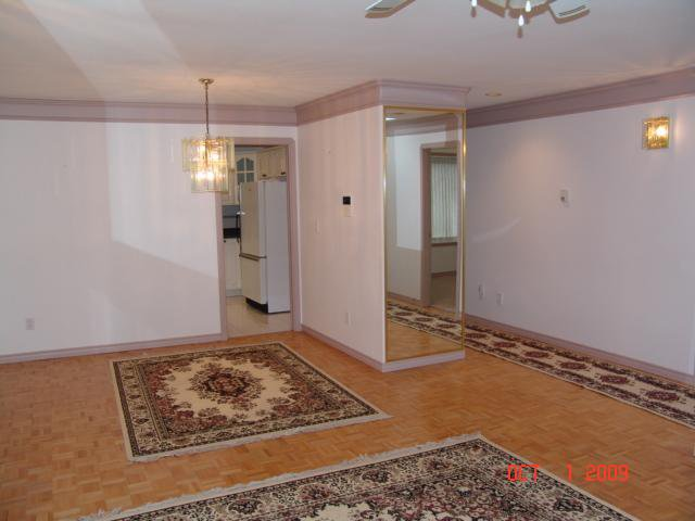Photo 2: Photos: 6345 SPERLING Avenue in Burnaby: Upper Deer Lake House 1/2 Duplex for sale (Burnaby South)  : MLS®# V791784