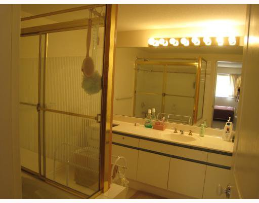 "Photo 8: Photos: 305 8180 JONES Road in Richmond: Brighouse South Condo for sale in ""LAGUNA"" : MLS®# V749183"