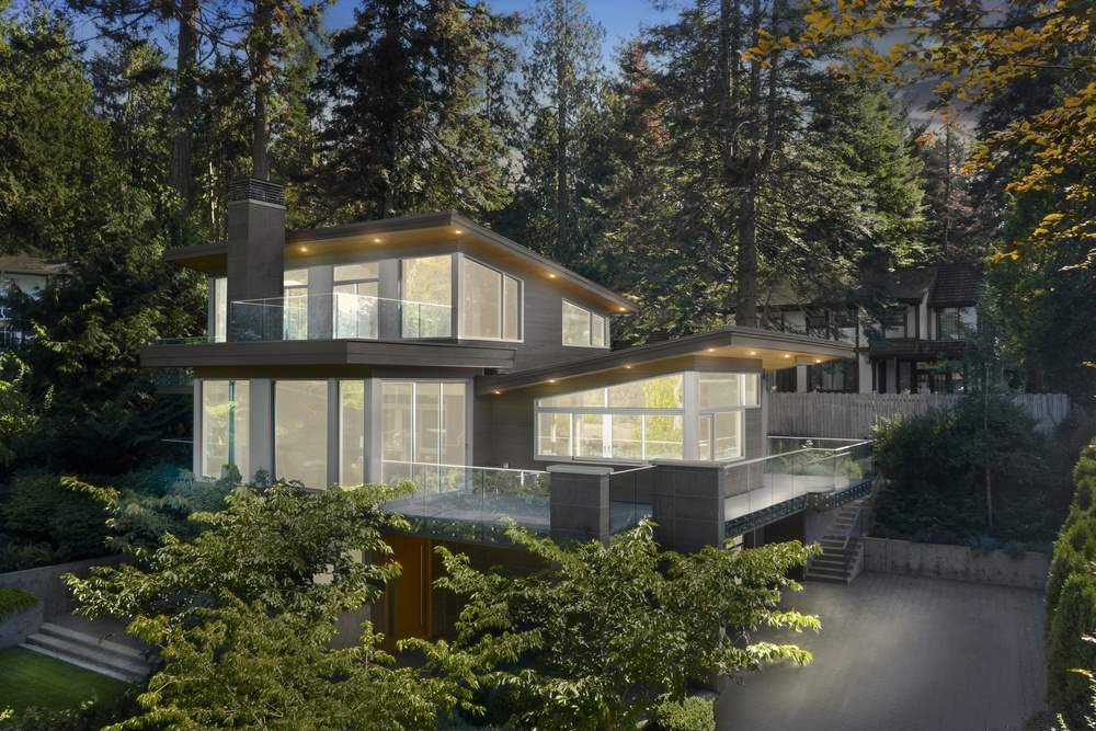 Set in the natural beauty of Whytecliff in West Vancouver, this exceptional home is steps to the beach to famous Whytecliff Park, Gleneagles Recreation Centre and the vibrant village of Horseshoe Bay.