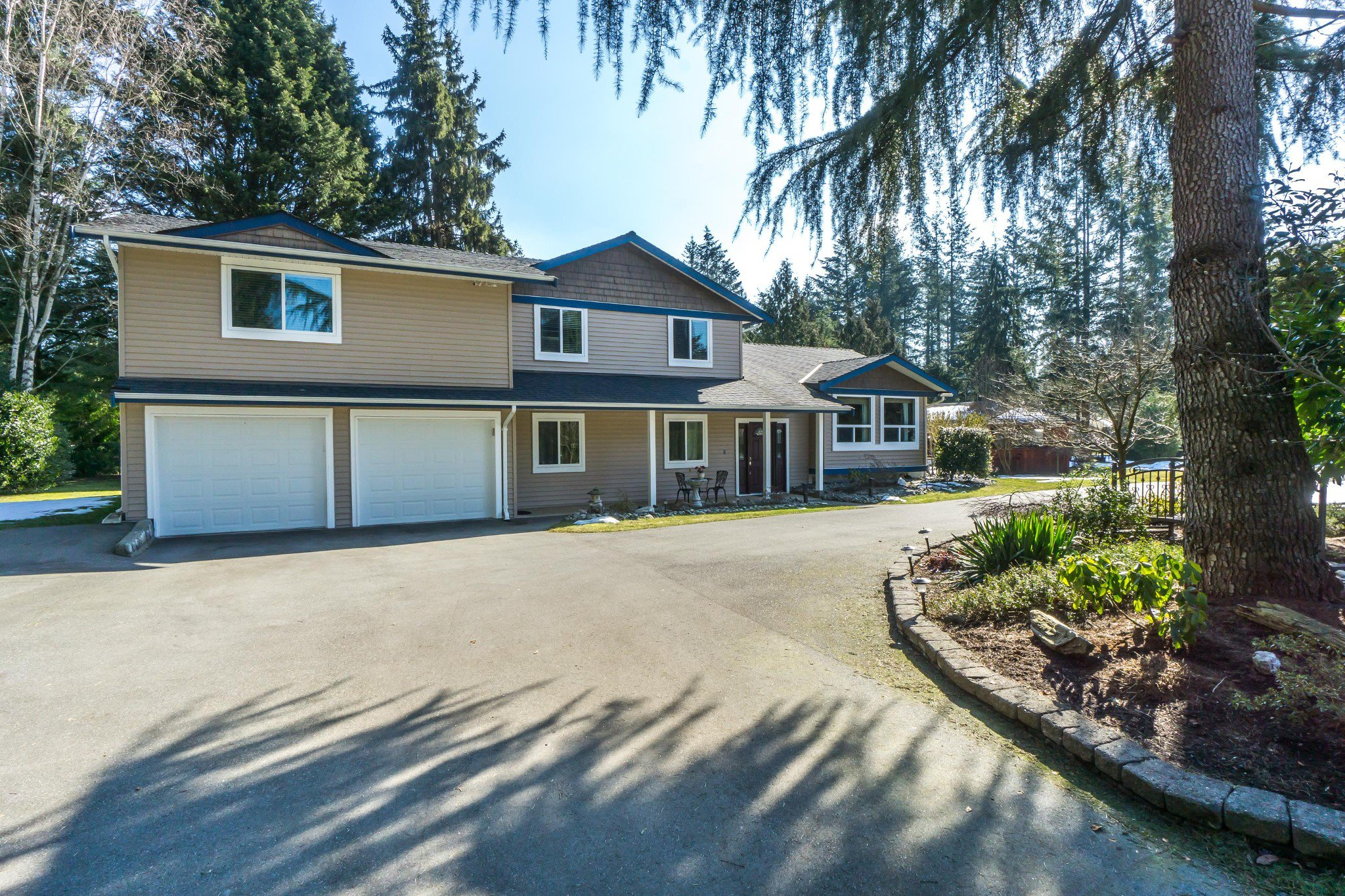 Main Photo: 4860 239 Street in Langley: Salmon River House for sale : MLS®# R2384918