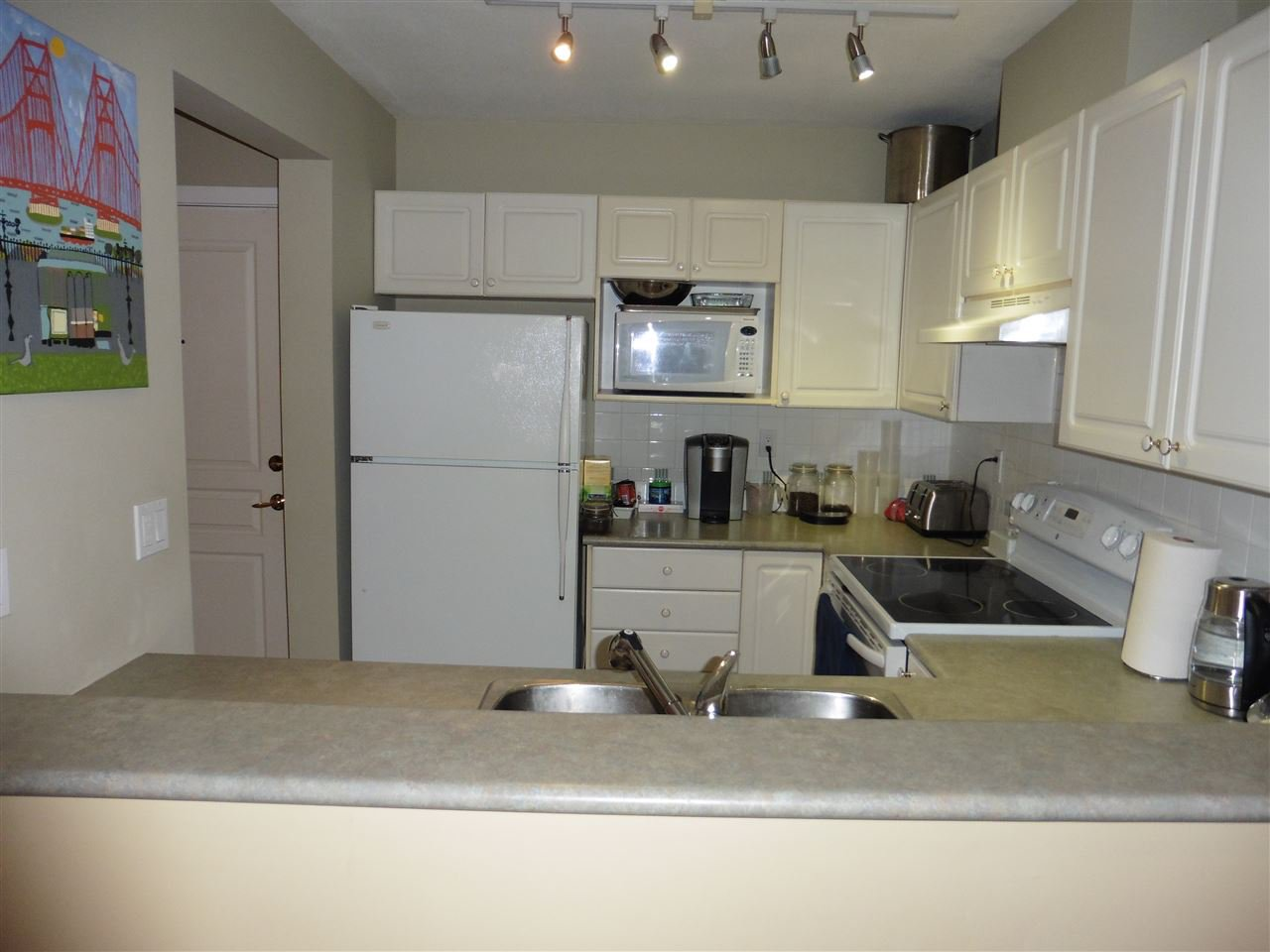"""Photo 8: Photos: 506 210 ELEVENTH Street in New Westminster: Uptown NW Condo for sale in """"DISCOVERY REACH"""" : MLS®# R2434040"""