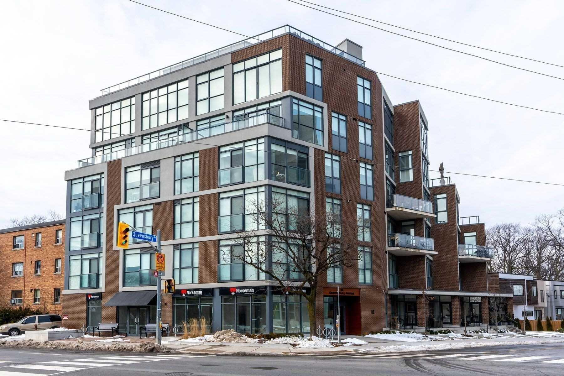 Main Photo: 105 1340 Kingston Road in Toronto: Birchcliffe-Cliffside Property for sale (Toronto E06)  : MLS®# E4738863