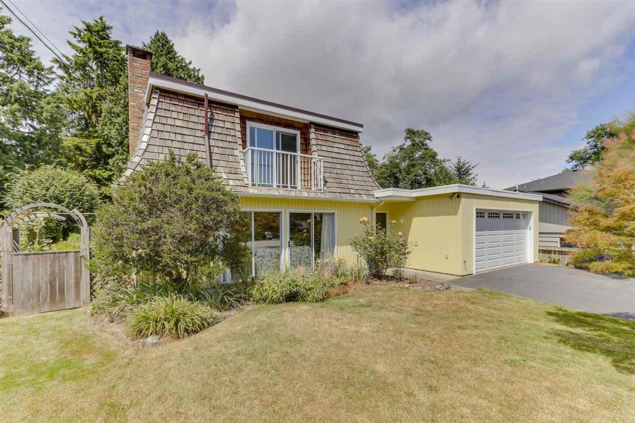 "Main Photo: 4953 10A Avenue in Delta: Tsawwassen Central House for sale in ""CENTRAL TSAWWASSEN"" (Tsawwassen)  : MLS®# R2474510"