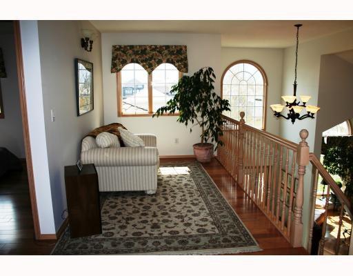 Photo 8: Photos:  in WINNIPEG: Fort Garry / Whyte Ridge / St Norbert Residential for sale (South Winnipeg)  : MLS®# 2907946