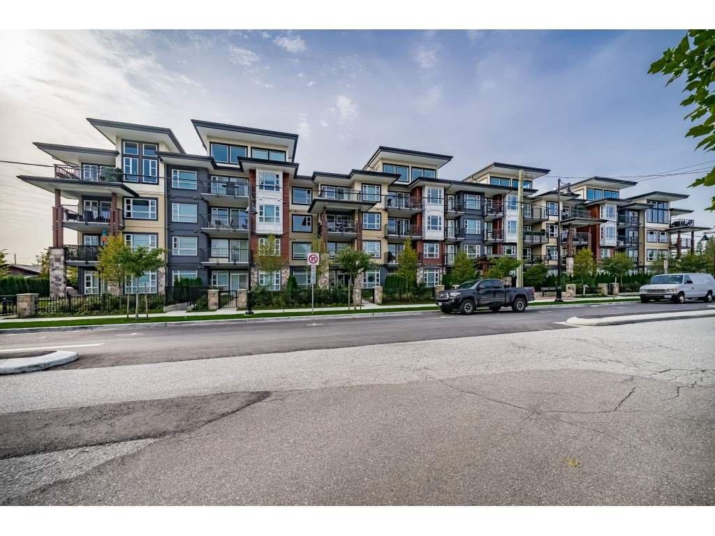 """Main Photo: 111 22562 121 Avenue in Maple Ridge: East Central Condo for sale in """"EDGE 2"""" : MLS®# R2411283"""