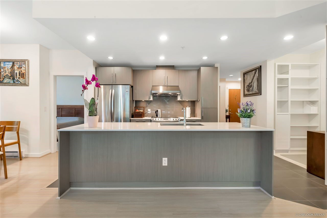 Main Photo: 105 3479 WESBROOK Mall in Vancouver: University VW Condo for sale (Vancouver West)  : MLS®# R2441099