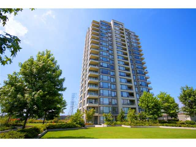 "Main Photo: 101 4118 DAWSON Street in Burnaby: Brentwood Park Condo for sale in ""TANDEM 1"" (Burnaby North)  : MLS®# V846109"