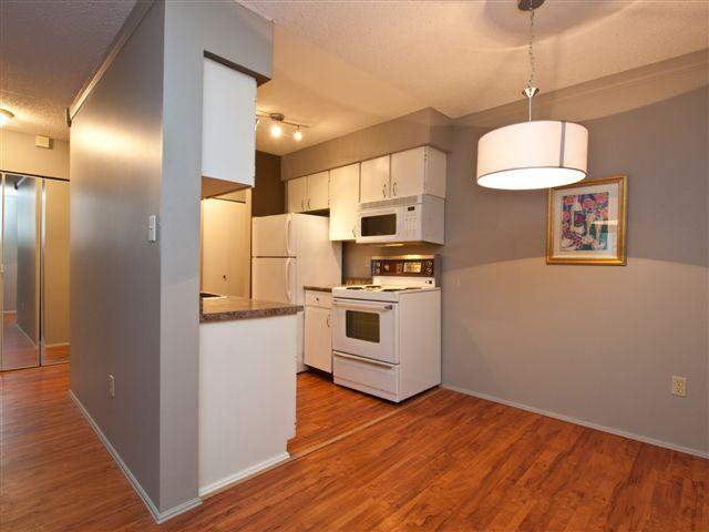 """Main Photo: 409 1955 WOODWAY Place in Burnaby: Brentwood Park Condo for sale in """"DOUGLASVIEW"""" (Burnaby North)  : MLS®# V856032"""