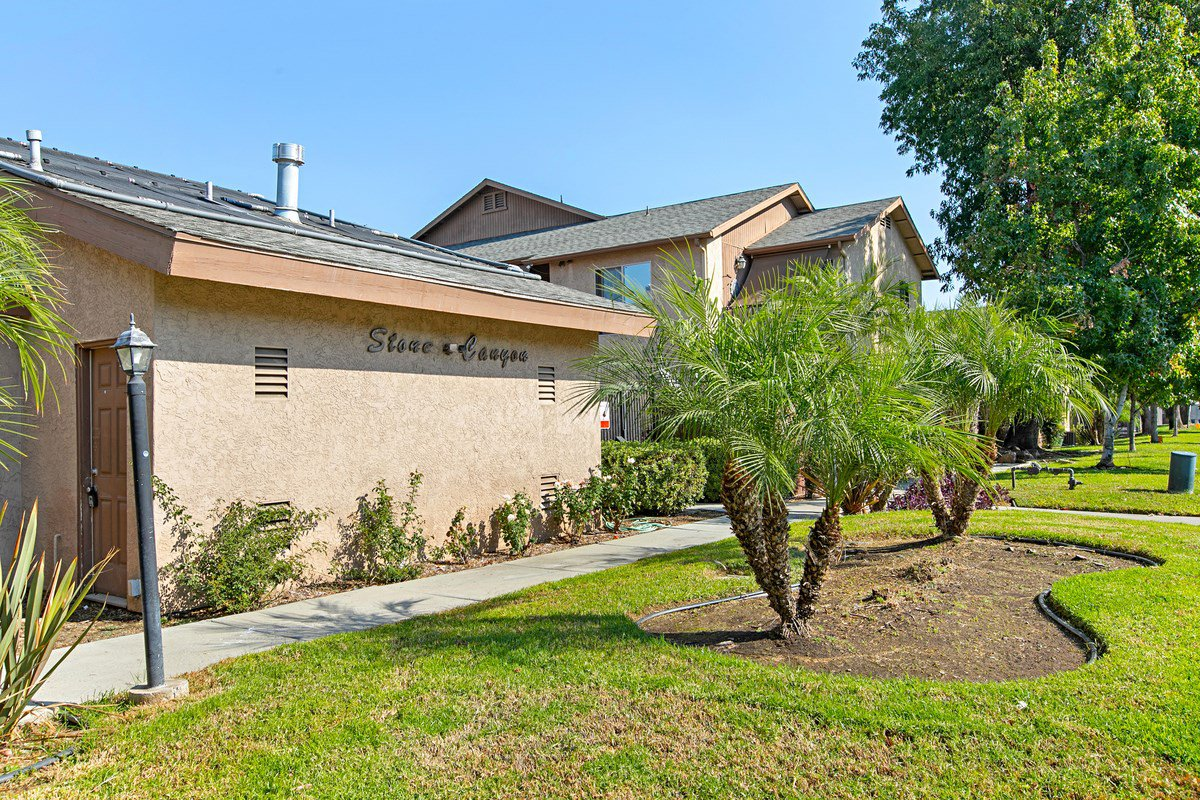 Main Photo: LAKESIDE Condo for sale : 2 bedrooms : 12720 Laurel Street #210