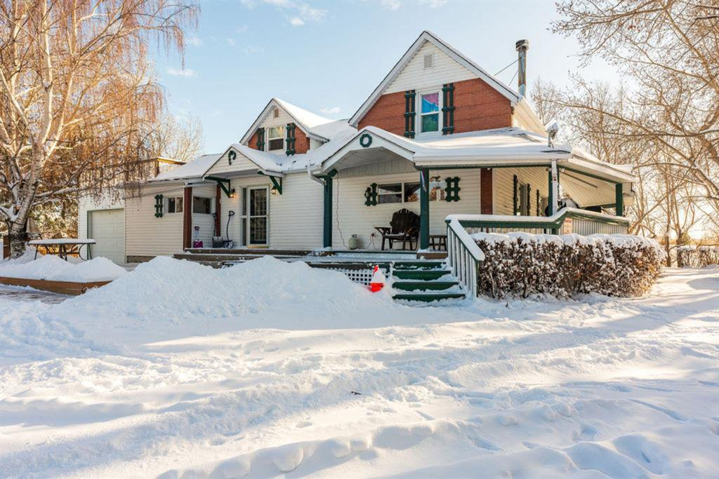 Main Photo: 338154 144 Street E: Rural Foothills County Detached for sale : MLS®# A1048169