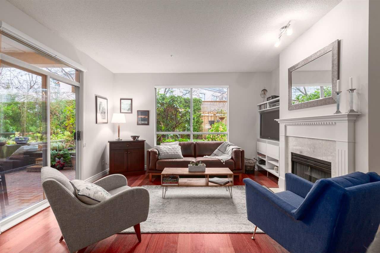 """Main Photo: 220 383 E 37TH Avenue in Vancouver: Main Condo for sale in """"Magnolia Gate"""" (Vancouver East)  : MLS®# R2522968"""