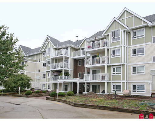 "Main Photo: 205 20189 54TH Avenue in Langley: Langley City Condo for sale in ""CATALINA GARDENS"" : MLS®# F2900010"