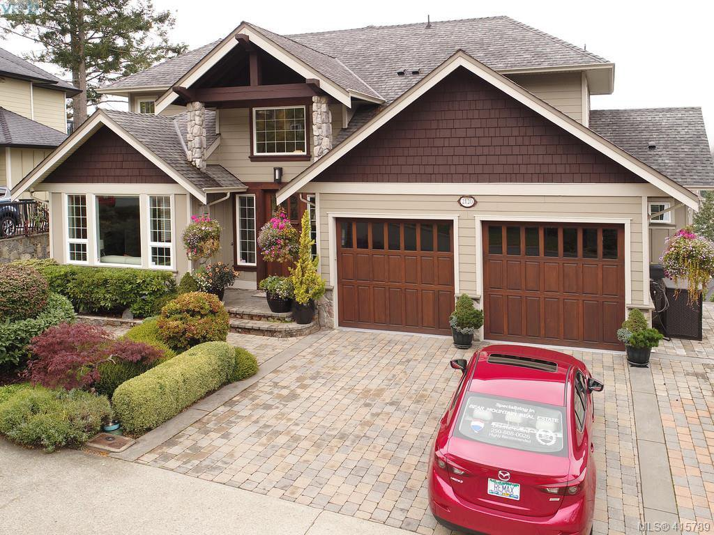 Main Photo: 2120 Nicklaus Drive in VICTORIA: La Bear Mountain Single Family Detached for sale (Langford)  : MLS®# 415789