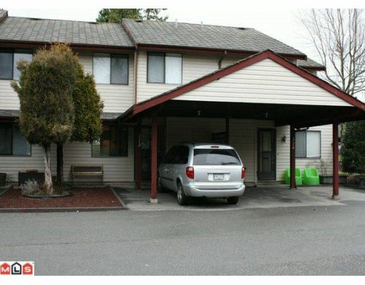 "Main Photo: 113 13880 74 Avenue in Surrey: East Newton Townhouse for sale in ""Wedgewood Estates"" : MLS®# F1003107"