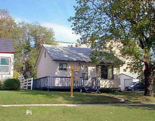 Main Photo: 420 RITCHOT Street in WINNIPEG: St Boniface Single Family Detached for sale (South East Winnipeg)  : MLS®# 2514498