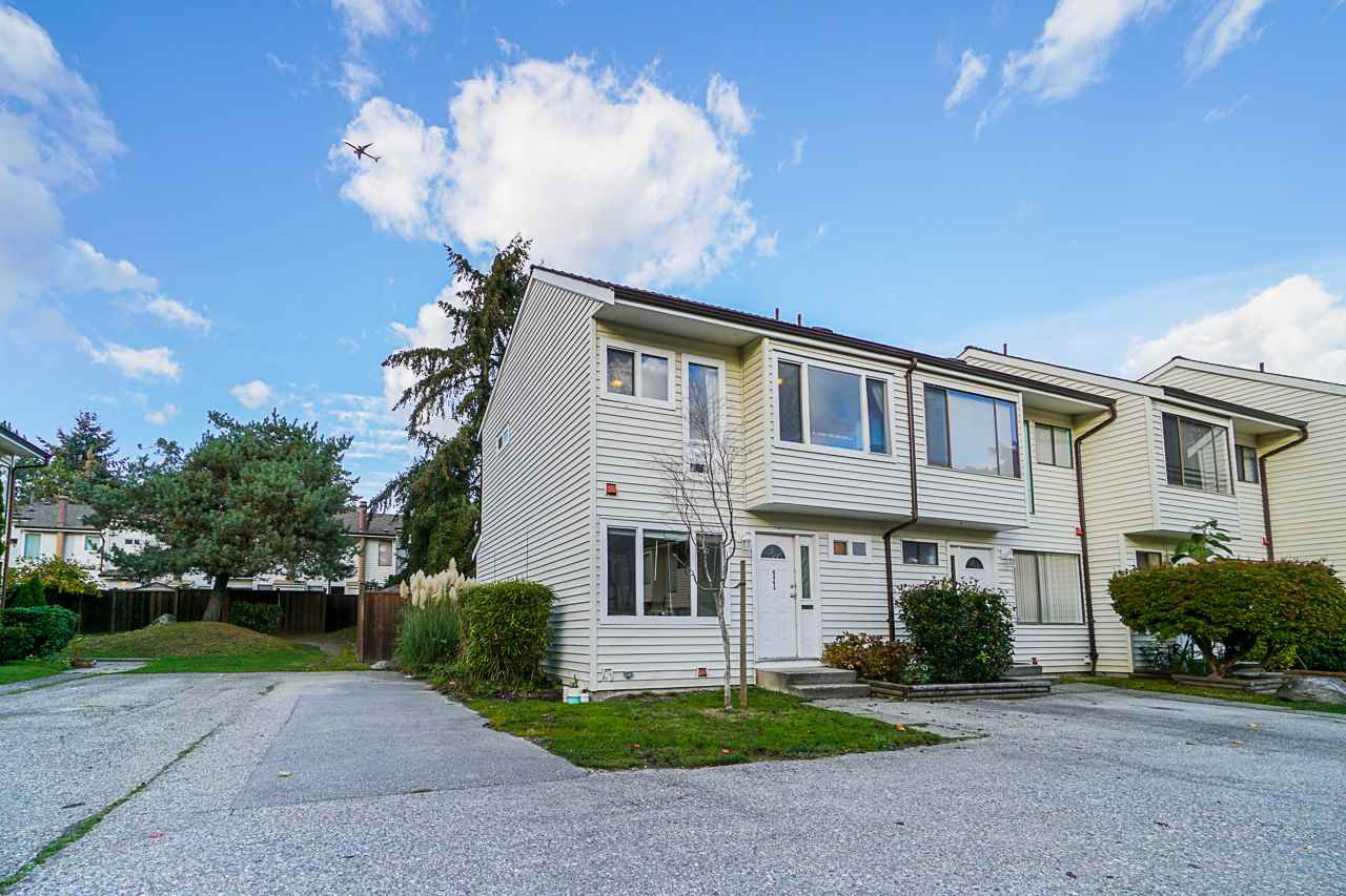 "Main Photo: 11 9342 128 Street in Surrey: Queen Mary Park Surrey Townhouse for sale in ""Surrey Meadows"" : MLS®# R2513633"