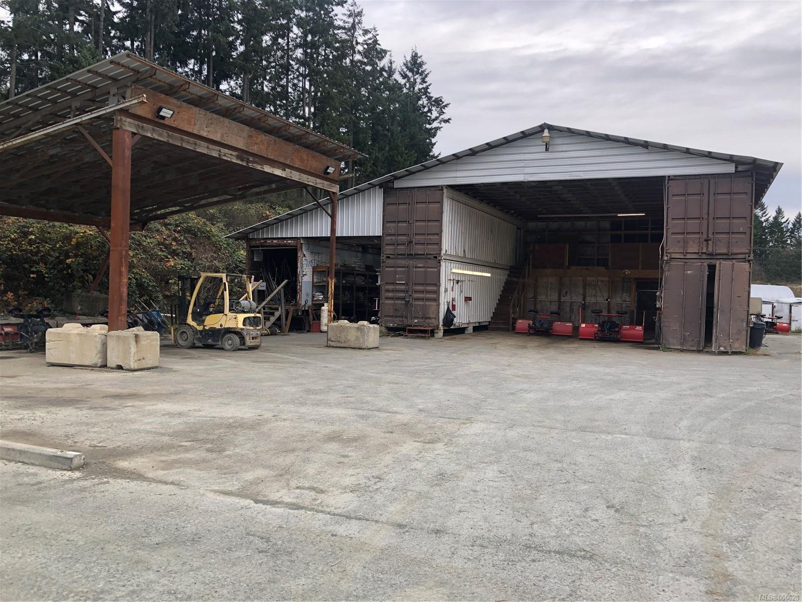 Main Photo: 3881 Finwood Pl in : Du West Duncan Industrial for lease (Duncan)  : MLS®# 860628