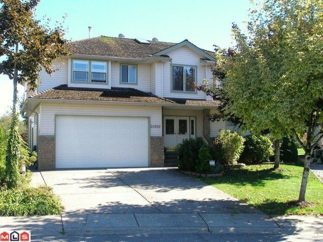 "Main Photo: 20662 91ST Avenue in Langley: Walnut Grove House for sale in ""GREENWOOD ESTATES"" : MLS®# F1101123"