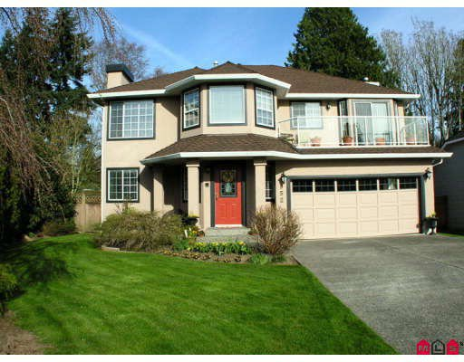 Main Photo: 952 161B Street in Surrey: King George Corridor House for sale (South Surrey White Rock)  : MLS®# F2907424