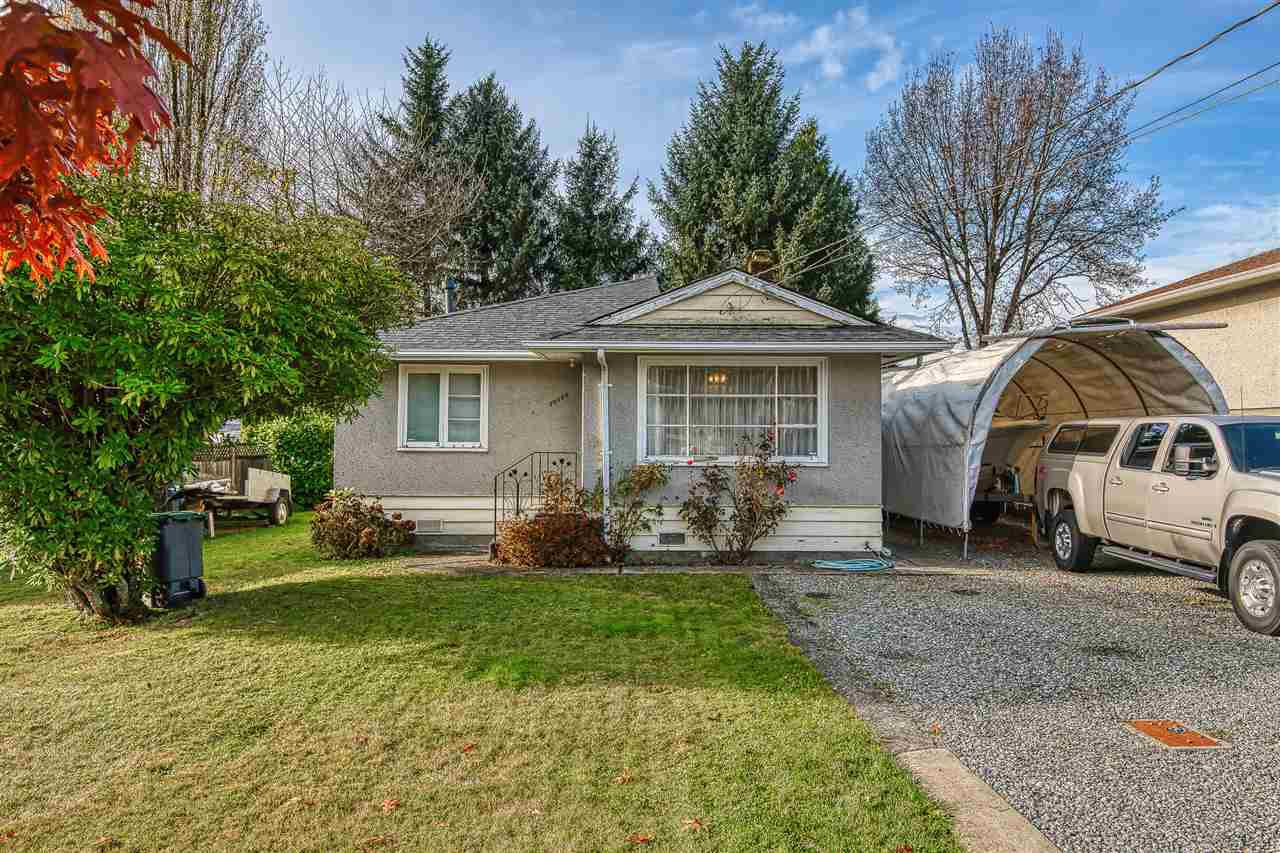 Main Photo: 10645 141A Street in Surrey: Whalley House for sale (North Surrey)  : MLS®# R2419510