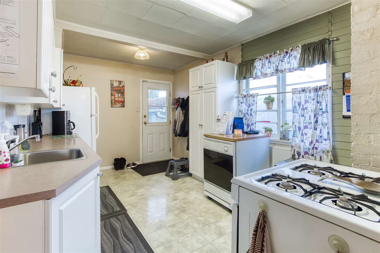 Photo 10: Photos: 10645 141A Street in Surrey: Whalley House for sale (North Surrey)  : MLS®# R2419510