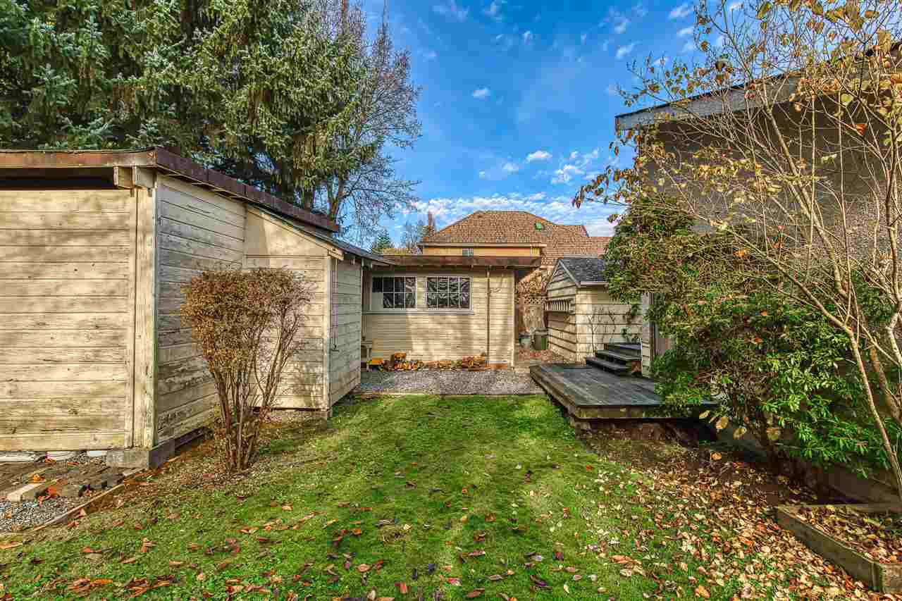 Photo 6: Photos: 10645 141A Street in Surrey: Whalley House for sale (North Surrey)  : MLS®# R2419510