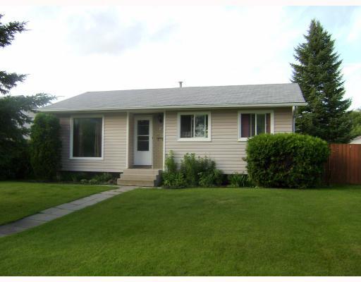 Main Photo:  in WINNIPEG: East Kildonan Residential for sale (North East Winnipeg)  : MLS®# 2914421