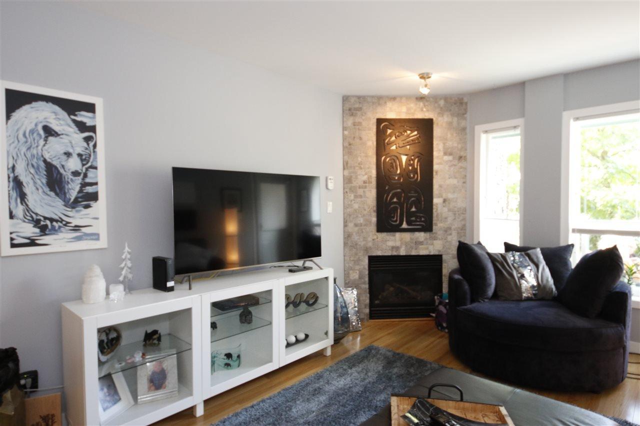 "Main Photo: 115 1212 MAIN Street in Squamish: Downtown SQ Condo for sale in ""AQUA"" : MLS®# R2403104"