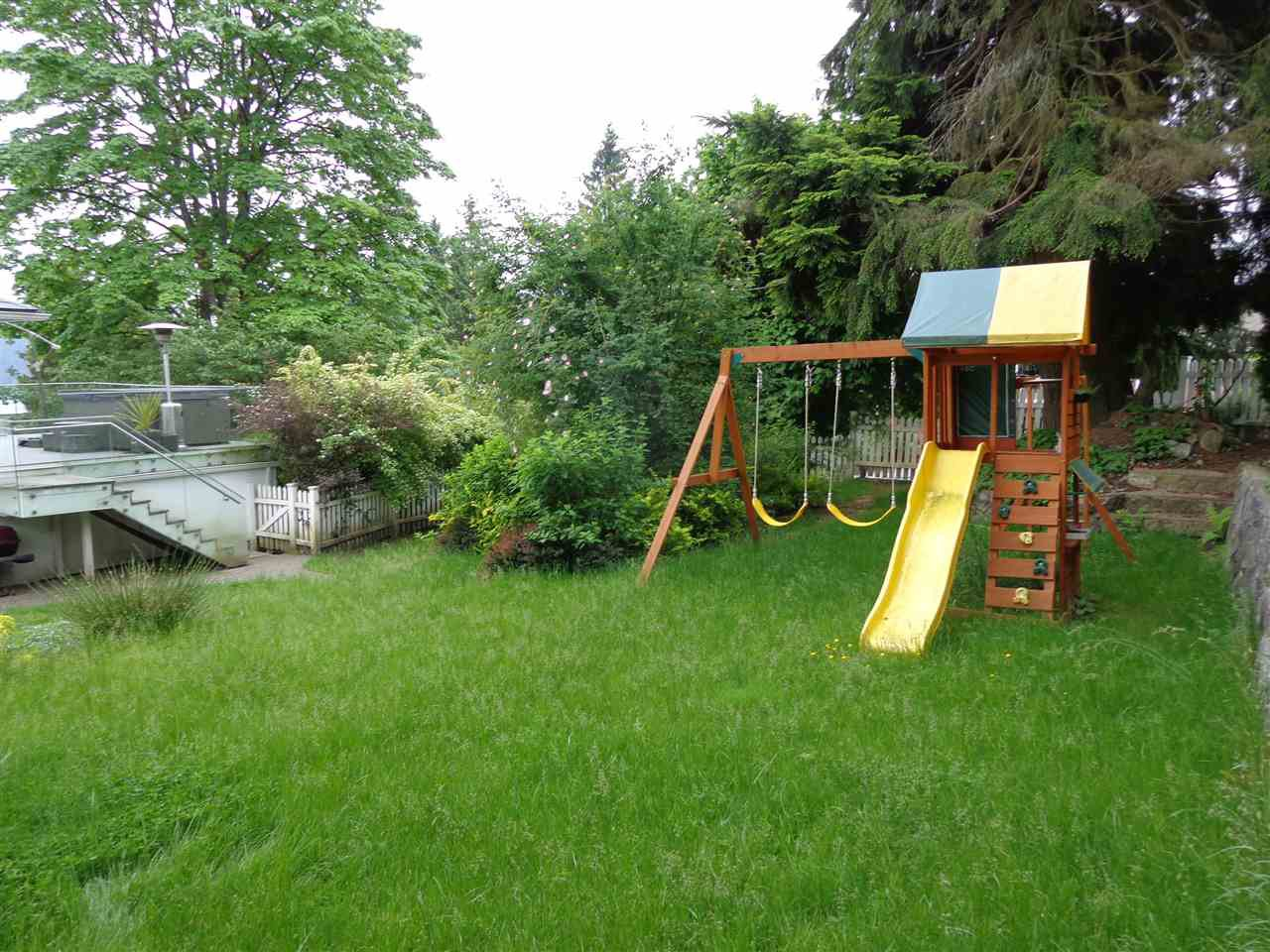 Photo 7: Photos: 4210 GLENHAVEN CRESCENT in North Vancouver: Dollarton House for sale : MLS®# R2373969